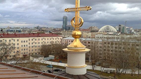 Sobor_Nevsky_2.jpg